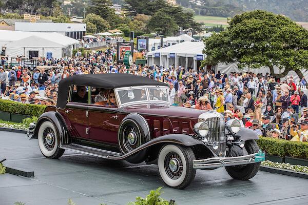1932 Chrysler CL Custom Imperial LeBaron Convertible Sedan